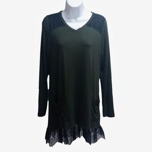 LOGO by Lori Goldstein Lace Tunic Green Med EUC